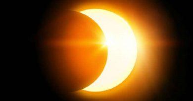 आज लगा इस साल का आखिरी चन्द्र ग्रहण, जरूर करें ये 6 काम