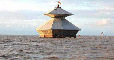 भारत का एक ऐसा मंदिर, जो अचानक से हो जाता है गायब, फिर..